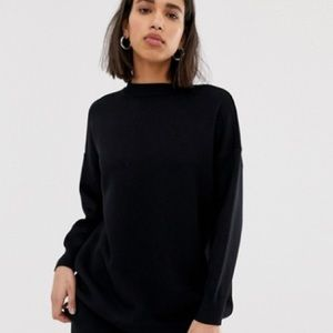 Thick Black Oversized Sweater